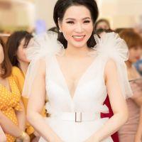 """Hoa hậu Cao Thị Thùy Dung xuất hiện như """"thần tiên tỷ tỷ"""", thân thiết bên Hoàng Rapper"""