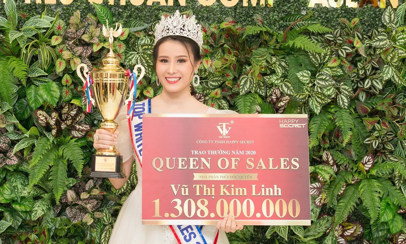 Nữ Hoàng Sales Vũ Thị Kim Linh nhận tổng giải thưởng 1.308.000.000đ
