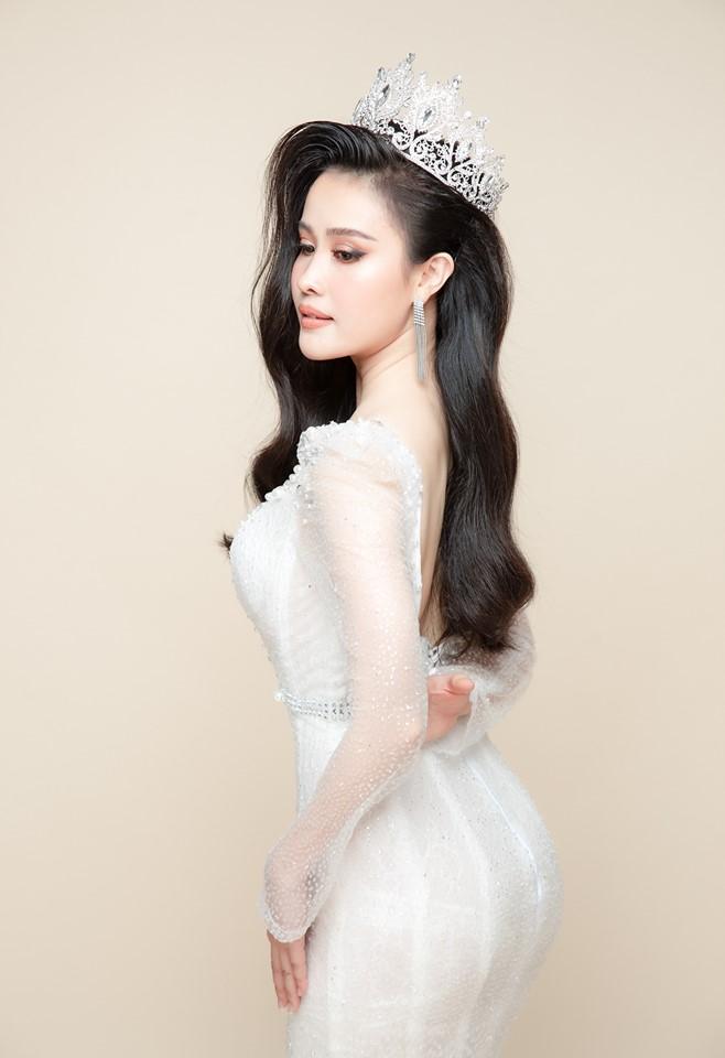Nữ hoàng Sales Vũ Thị Kim Linh không hề ngủ quên trên chiến thắng