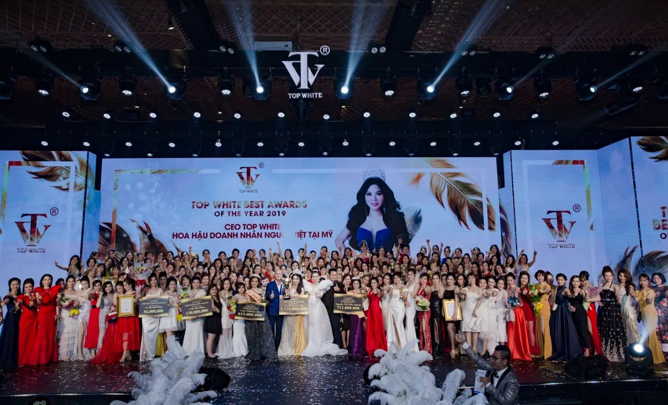 Sự kiện Top White Best Awards Of The Year 2019